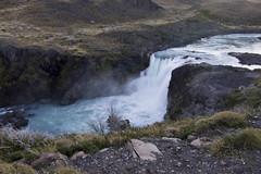 Gran salto (AmigoDeLoAjeno) Tags: waterfall torresdelpaine