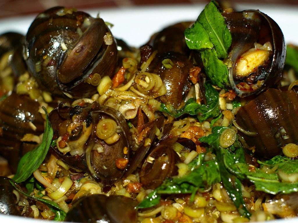 5ẩm thực Vĩnh Long có nhiều nét đặc sắc và rất đa dạng