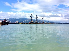 #puertobarrios #MuelleMunicipal #Guatemala #maana #mitierra #tierradeDios #paisaje #izabal (Esau16) Tags: guatemala paisaje mitierra izabal puertobarrios maaa tierradedios muellemunicipal