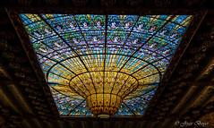 Coupole lumineuse (josboyer) Tags: de la musica palau catalana coupole