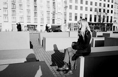 No idea (RoryO'Bryen) Tags: stef berlin contrat contrast blackandwhite street streetphotography roryobryen rangefinder copyrightroryobryen ishootfilm leicamp 35mmsummiluxmasph leicasummiluxm35mmf14asph ilfordfp4 iso125