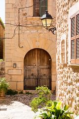 Mallorca 67 (Gret B.) Tags: licht reisen urlaub insel stadt architektur mallorca sonne ferien wandern reise wanderung huser entspannen urlaubsinsel