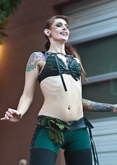 IMG_3668 (Russell Y.) Tags: unmata performance bellydance bellydancers firedancers