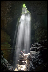 The Drop In. (BamaWester) Tags: light rocks alabama cave rays rappel lightrays bamawester napg stephensgap