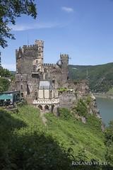 Burg Rheinstein (Rolandito.) Tags: castle river germany deutschland alemania fluss rhine rhein allemagne germania burg rheinstein castilio