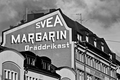 Svea margarin (Michael Erhardsson) Tags: svea margarin grddrikast reklam gammaldag stil hus byggnad gata 2010 arkitektur