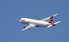 British Airways / Airbus A320-232 / G-EUYH (vic_206) Tags: bcn lebl britishairways airbusa320232 geuyh canoneos7d canon300f4liscanon14xii