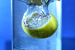 Day Three Hundred Two (fotoJared) Tags: lemon drop water cool drink 365 365project nikon fotojared blue splash bubbles fun studio strobist