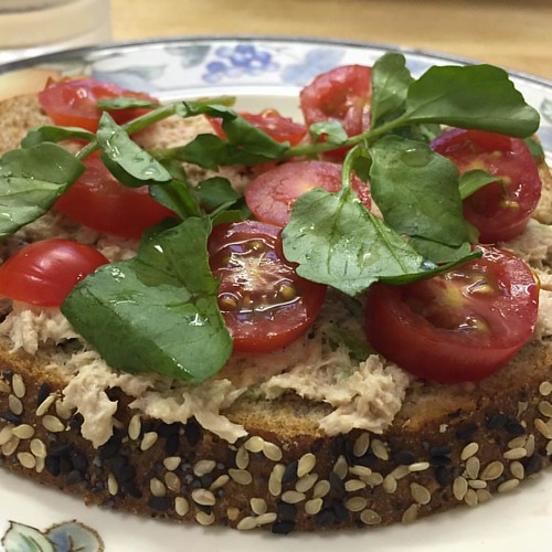 """I felt like """"designer"""" sandwich 😂😂 went to my kitchen pulled some yummies from the fridge, brought cams out, turn lights on,  took my time to """"design"""" my flat bread open sandwich! Took few shots, sat down and enjoyed it.  It was more delish than t"""