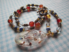 Lamp work glass necklace (designbysunzeri) Tags: poeticnotionsjewelry etsy beadedjewelry sodalitenecklace beadednecklace glassnecklace lampworkglassnecklace colorful