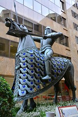 London Metal Knight Sculpture (Martin Pettitt) Tags: city uk sculpture london statue march spring medal knight dslr 2015 shaunthesheep ardman afsdxvrzoomnikkor18200mmf3556gifedii londontrail nikond7100 shauninthecity