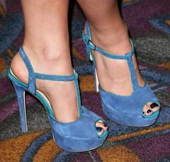 Feet & Shoes (1428) (I Love Feet & Shoes) Tags: street sexy feet stockings pie shoes highheels sandals tights lingerie heels ps huf hoof bas pieds mules pantyhose schuhe casco piedi meias medias scarpe sandalias chaussures sapatos sandlias zapatillas sandalen  sandales  sabot sandali  strmpfe    calcanhares  fse
