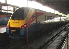 Class 222, 222013 (Stuart Axe) Tags: england uk unitedkingdom gb greatbritain london class222 demu 222013 stpancras stpancrasstation