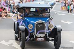 Vintage Austin- Jacaranda Parade 2015 (sbyrnedotcom) Tags: 2015 people events grafton jacaranda parade rural town blue sedan austin vintage automobile nsw australia