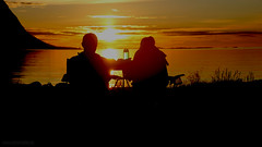 Midnightsun Lofoten (Lothar Heller) Tags: lofoten midnight midnightsun norwegen norway norge nordeuropa nordland sun silhouette