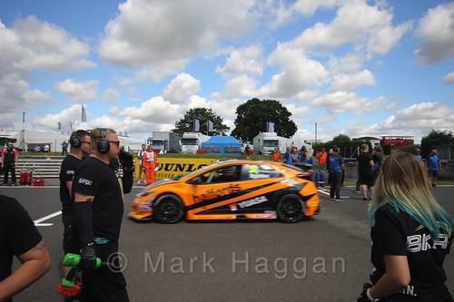Gordon Shedden's car during the Grid Walks at the BTCC 2016 Weekend at Snetterton