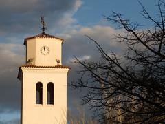 #12- Un campanario (Letua) Tags: belltower branches campanario church cielo clock clouds iglesia invierno juegolvm nubes ramas reloj sky veleta winter