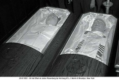 6-1953  Execution of Ethel & Julius Rosenberg (2) (ngao5) Tags: 2 americans brooklyn coffin coldwar19451991 communist container corpse crime dead death ethelrosenberg females judicialproceedings juliusrosenberg males marxist midatlantic newyorkcity newyorkstate northamerica people politicalandsocialissues prominentpersons spy treason trial trialofjuliusandethelrosenberg usa war whites