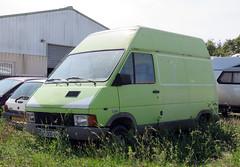 Renault Trafic T800 High-Roof (Spottedlaurel) Tags: renault trafic t800
