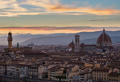 duomo ii (T N K) Tags: duomo vecchio sunset italia italy firenze cattedrale fiore maria santa palazzo