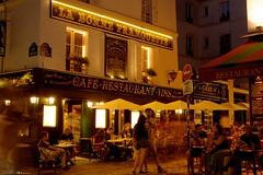 DSC05767 (Distagon12) Tags: montmartre nuit night light citybynight paris sonya7r summilux50asph