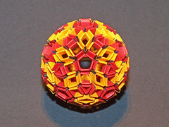 Expanded rhombic triacontahedron (mganans) Tags: origami polyhedron modularorigami snapology