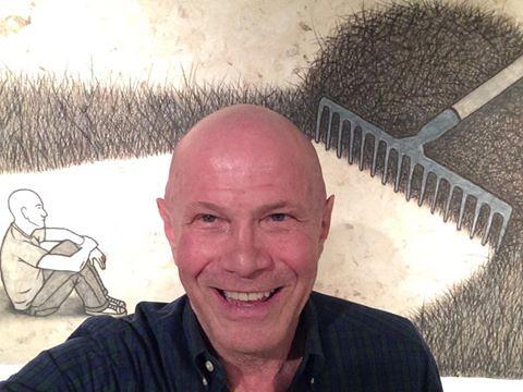 Collector Martin Parker's selfie at  Angel Delgado show (Aluna Art Foundation)