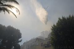 Feu de Fort (fredomarseille) Tags: france danger marseille eau provence flamme arbre pompier feu sud risque incendie fume carrylerouet bouchesdurhone hlicoptre ensueslaredonne
