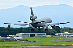 U.S Air Force KC-10A Extender 84-0186  landing at Prestwick (EGPK) Scotland (Allan Durward) Tags: usaf usairforce kc10a extender kc10aextender dc10 douglas mcdonnelldouglas mcdonnelldouglaskc10a tanker airtoairrefueler pik egpk prestwick glasgow scotland prestwickairport glasgowprestwick 840186 840186kc10a arran isleofarran 3holer trijet 32yearoldaircraft