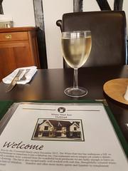 Spritzer at the White Hart Inn (tomylees) Tags: whitehart halstead essex spritzer july 2016 friday 29th