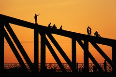 Liberty (nikoletta.szakaly) Tags: budapest hungary libertybridge sunset orange silhouette selfie people