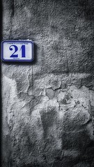 21 (Mark.L.Sutherland) Tags: 21 twentyone number numero texture wall render crumbling fallingapart blue selectivecolour spotcolour coloursplash tuscany toscane cascianaterme house detail vignetting sutherland samsung smartphone androidography galaxys5 phoneography cellphone cameraphone cracks