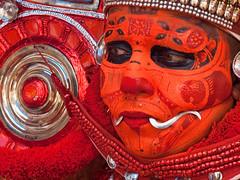 Puliyoor Kali (Evgeni Zotov) Tags: индия india inde indien indië indie índia hindistan الهند インド 인도 印度 भारत הודו kerala malabar kannur cannanore religion hinduism shaivism theyyam theyyattam puliyoorkali puliyor puliyur ceremony ritual goddess artist actor avatar makeup mask red fang people man malayali dravidian