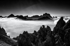 Giants in the Morning... (Ody on the mount) Tags: anlsse berge dolomiten gipfel nebel urlaub wanderung wolken bw monochrome sw selvadivalgardena trentinoaltoadige italien it