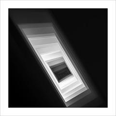 Plànols superposats / Overlapping planes (ximo rosell) Tags: ximorosell bn blackandwhite blancoynegro bw squares llum light luz nikon d750 detall arquitectura abstract abstracto