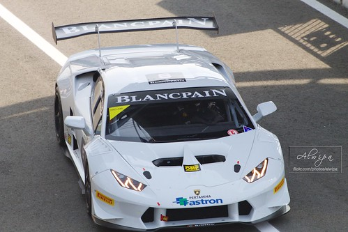 "Blancpain Endurance Series - Monza 2015 • <a style=""font-size:0.8em;"" href=""http://www.flickr.com/photos/104879414@N07/17084027156/"" target=""_blank"">View on Flickr</a>"