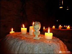 La momia (fonzivil) Tags: uruguay budapest montevideo velas darkside hungria momias fonzi tutankamon lamomia fonzivil momiadefonzi