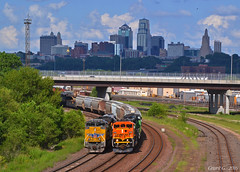 """Westbound Transfer in Kansas City, KS (""""Righteous"""" Grant G.) Tags: city railroad west train power pacific union railway trains kansas locomotive transfer freight bnsf westbound emd"""