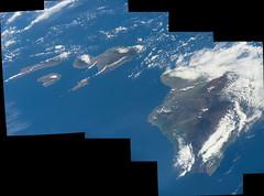 Some Hawaiian Islands (sjrankin) Tags: 11july2016 edited panorama iss iss048 iss048e2256 iss048e2257 iss048e2258 iss048e2259 iss048e2260 iss048e2261 hawaii hawaiianislands clouds pacificocean oblique