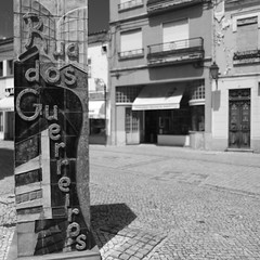 B&W (Capturedbyhunter) Tags: street white black portugal de photography pentax outdoor santarm fernando rua 24mm 20 fotografia marques fa k1 ribatejo coruche caador fajarda