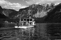 Stefanie (giovanibr) Tags: hallstatt austria lake mountains landscape stefanie boat ferrie people nature trip vacation tourists tourism leaving