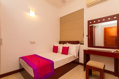 2nd Bedroom (T and V Boutique Apartments) Tags: vacation court hospital apartment budget central rental sri lanka national ceylon accommodation spa colombo groups fully hedges serviced hayleys odel asiri