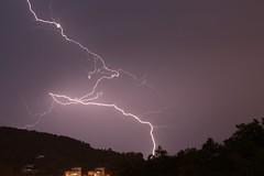 Udako ekaitza / Tormenta de verano (garbieaierbe) Tags: donostia sansebastian ekaitza udakoekaitza tormentaendonostia tormenta rayo tormentadeverano