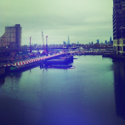 Gloomy Sunday #docklands #canarywharf #shard #thames #London