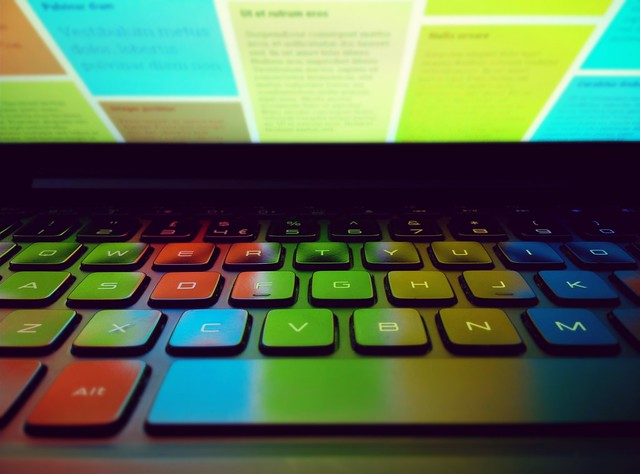 blue red orange cloud color colour green computer keys pc google keyboard key colours notes laptop internet screen keep colored coloured qwerty spacebar googlekeep