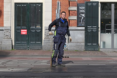 Marnixstraat - Amsterdam (Netherlands) (Meteorry) Tags: street man holland male netherlands amsterdam switch europe boots candid centre tracks nederland center rails overalls april worker leidseplein rue paysbas centrum homme noordholland gvb marnixstraat wissel 2015 americain meteorry aiguillage salopettes amsterdampeople americainboog