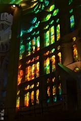 Sagrada Familia, Barcelona (Alicia_regu) Tags: catalunya catalonia spain espaa luz vidriera catedral modernismo