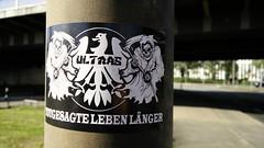 Ultras Frankfurt - Totgesagte leben länger (Jürgo) Tags: sticker stickerffm ultrasfrankfurt stickerart frankfurt aufkleber