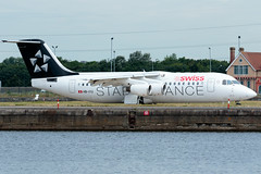 Swiss - British Aerospace Avro RJ100 - HB-IYU  London City Airport (paulstevenchalmers) Tags: londoncity london lcy airport