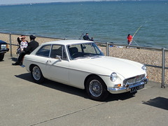 MGB GT_8538 (pjlcsmith2) Tags: minsterleas classicvehiclesontheseafront 2016 cars sweethut sheppey classiccarshow mgbgt